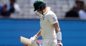 Steve Smith Spotted Shadow Batting in Hotel Room