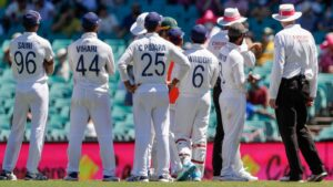 Spectators were removed from SCG by Police